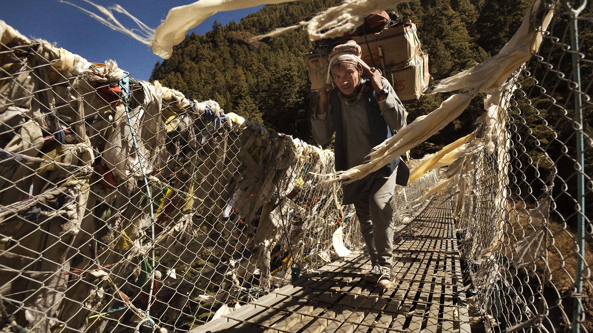 Reportage | Losan Piatti - Fotografo Toscana_Everest_Caravan Yak feature
