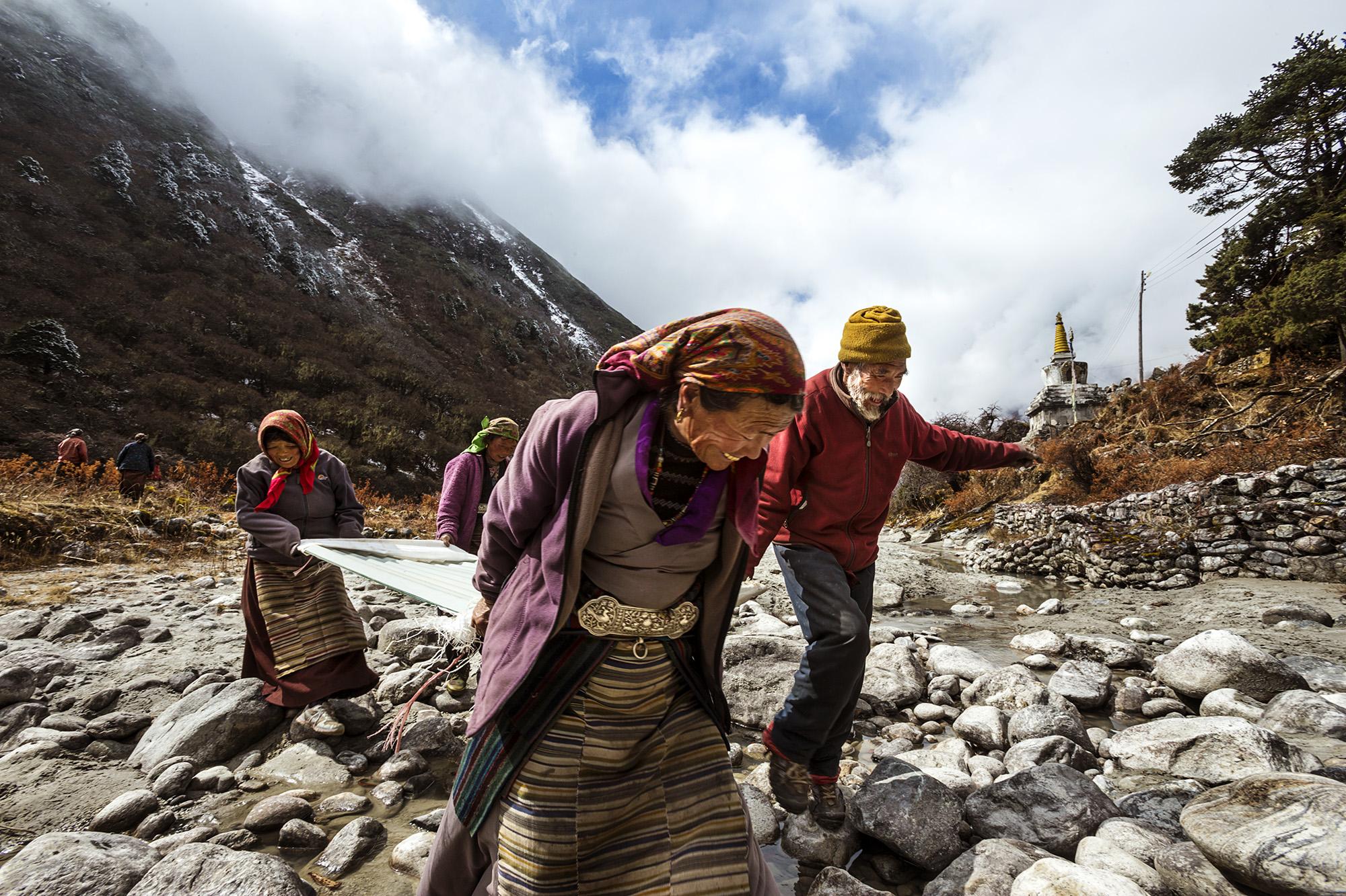 Reportage | Losan Piatti - Fotografo Italia_Nepal 2015_Beding Village Sherpa