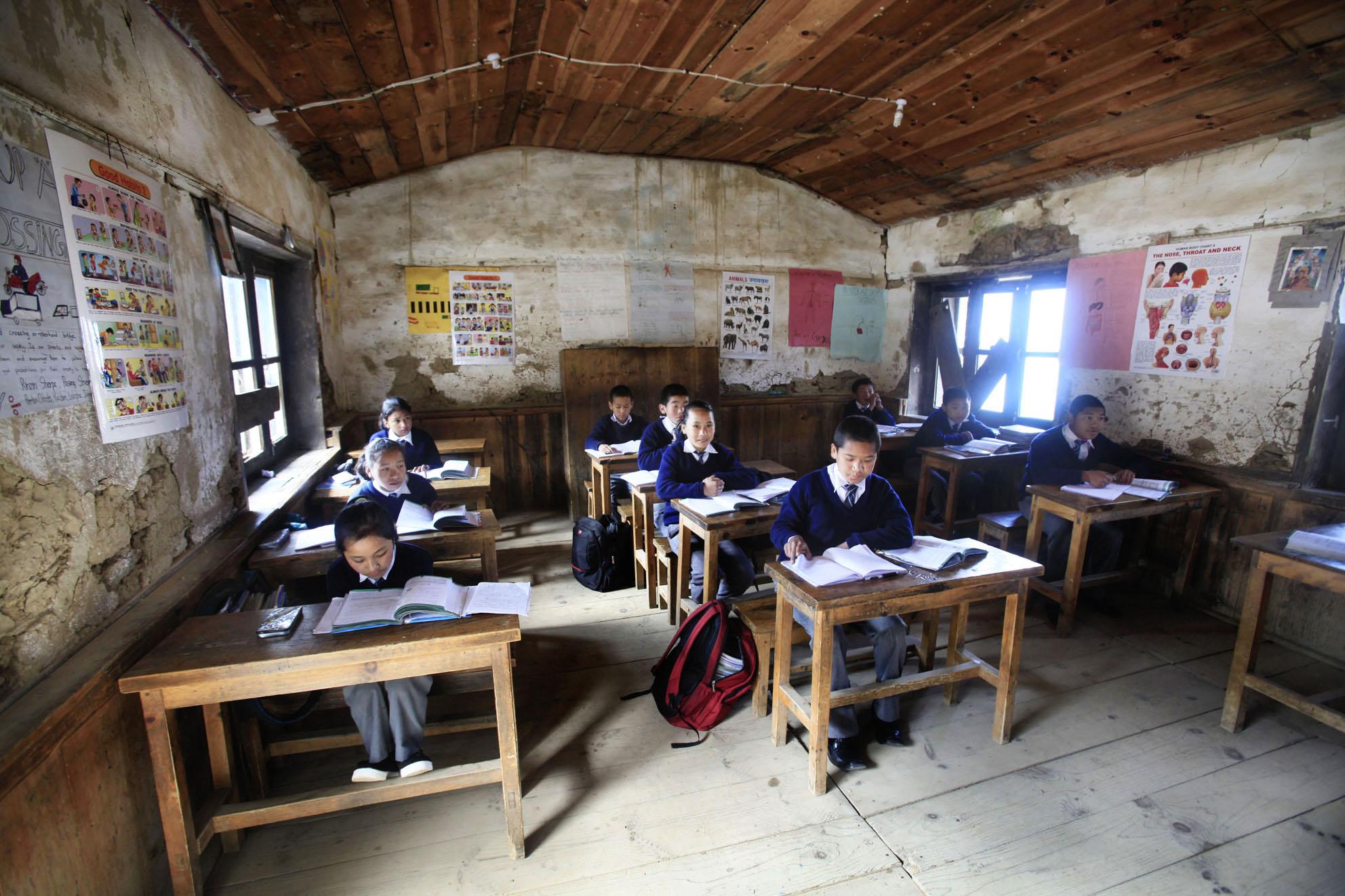 Reportage | Losan Piatti - Fotografo Italia_Nepal 2015_Mount Everest School Class